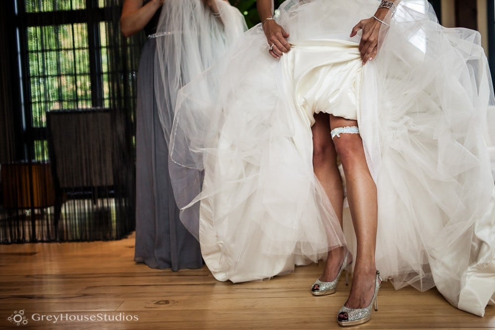 winvian wedding photos bride wedding garter belt detail