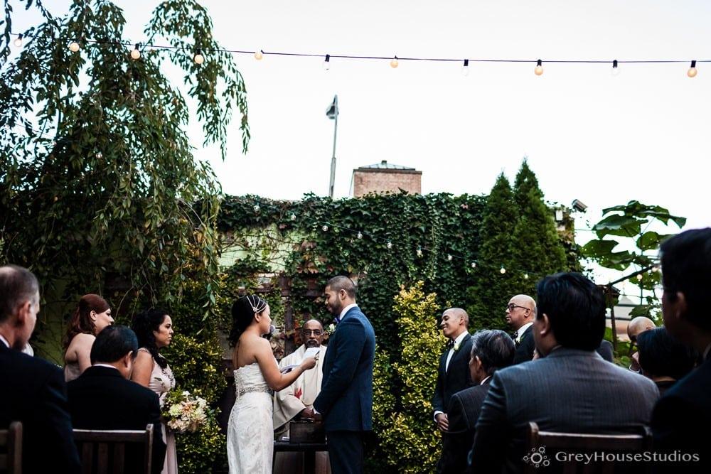 mymoon-wedding-brooklyn-photos-nyc-photography-ramona-jeff-greyhousestudios-016