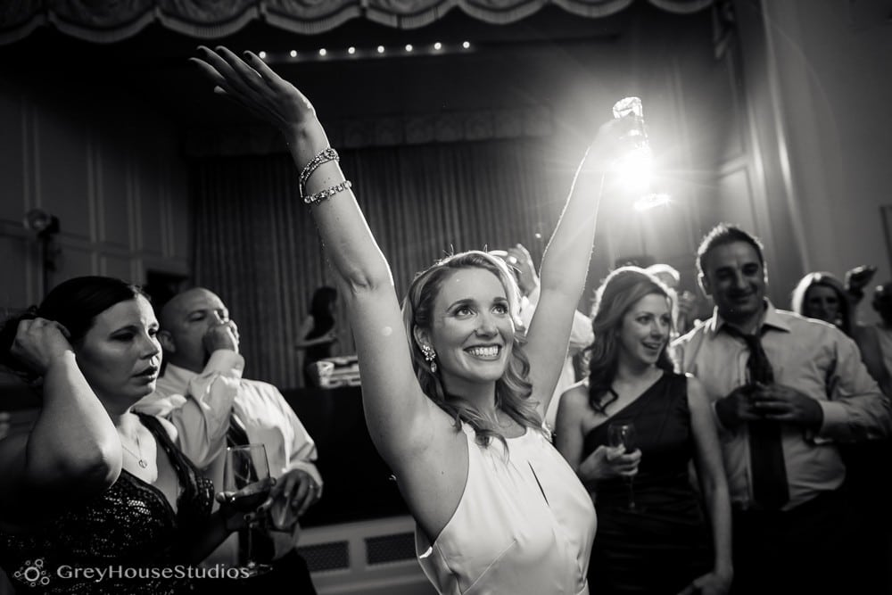 new-haven-lawn-club-wedding-pictures-photos-meghan-sully-greyhousestudios-042