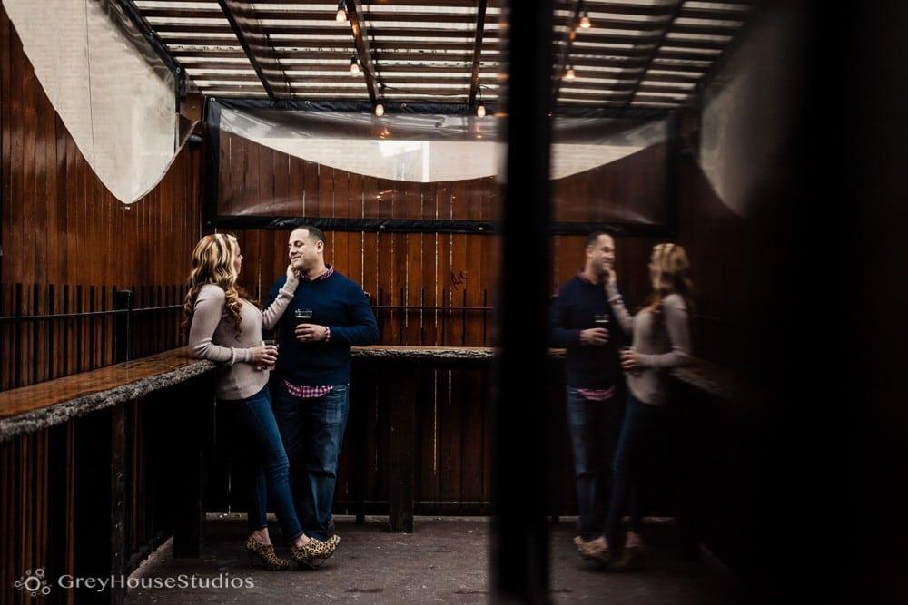 hartford-ct-state-capitol-building-pigs-eye-pub-engagement-photos-photography-jess-rick-greyhousestudios-008